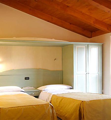 hotel-residence-la-pace-cavezzo-novi-di-modena-finale-emilia-concordia-carpi-camera-doppia
